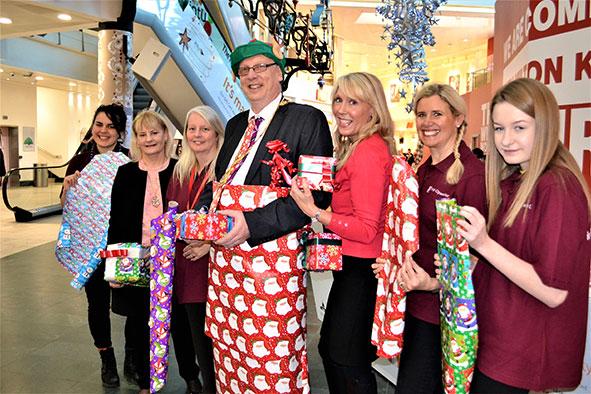 Christmas gift wrapping service at intu Milton Keynes