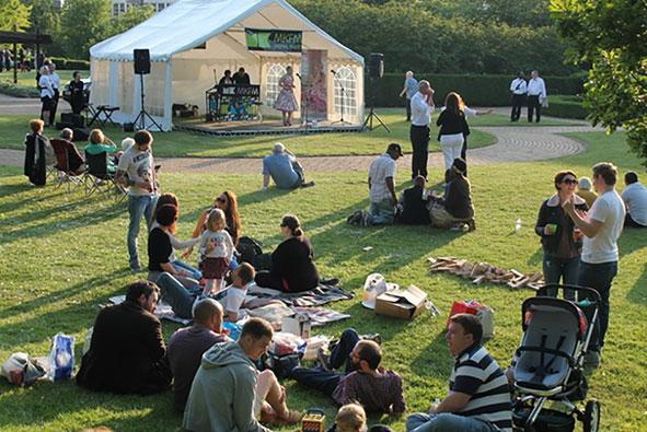 Free garden party in Central Milton Keynes