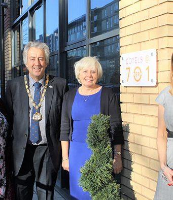 Councillor David Hopkins unveils the new Cotels 7 Zero apartments