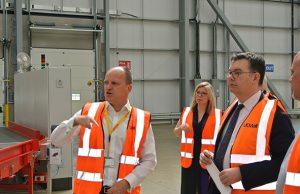 Iain Stewart MP visits UK Mail