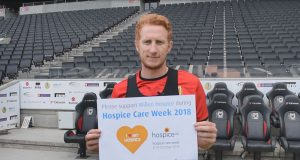 Dean Lewington supports Willen Hospice