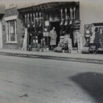 An-early-image-of-the-Stony-Stratford-store