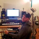 Rich-in-his-studio